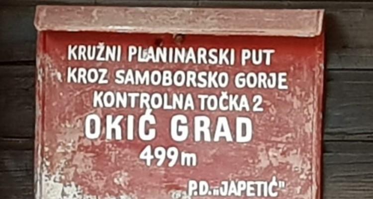 Autumn pedestrian hike to Okić