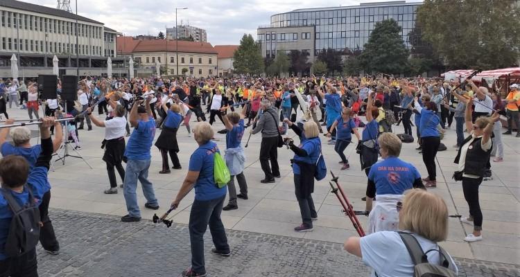 """4. Varaždinski festival nordijskog hodanja i pješačenja """"Uvijek u pokretu"""""""